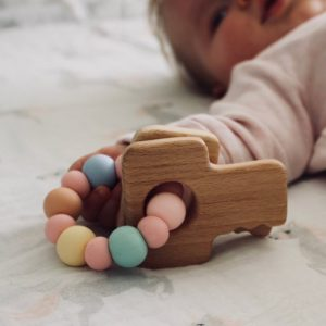Beechwood Key Teether